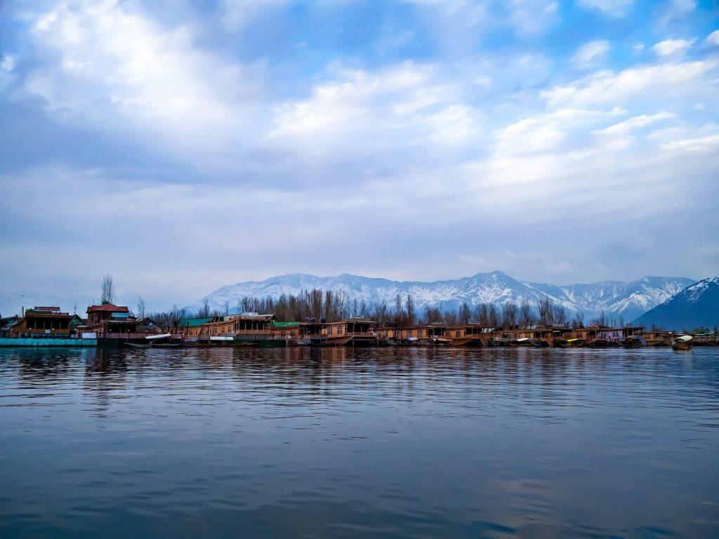 אגם דאל בקשמיר