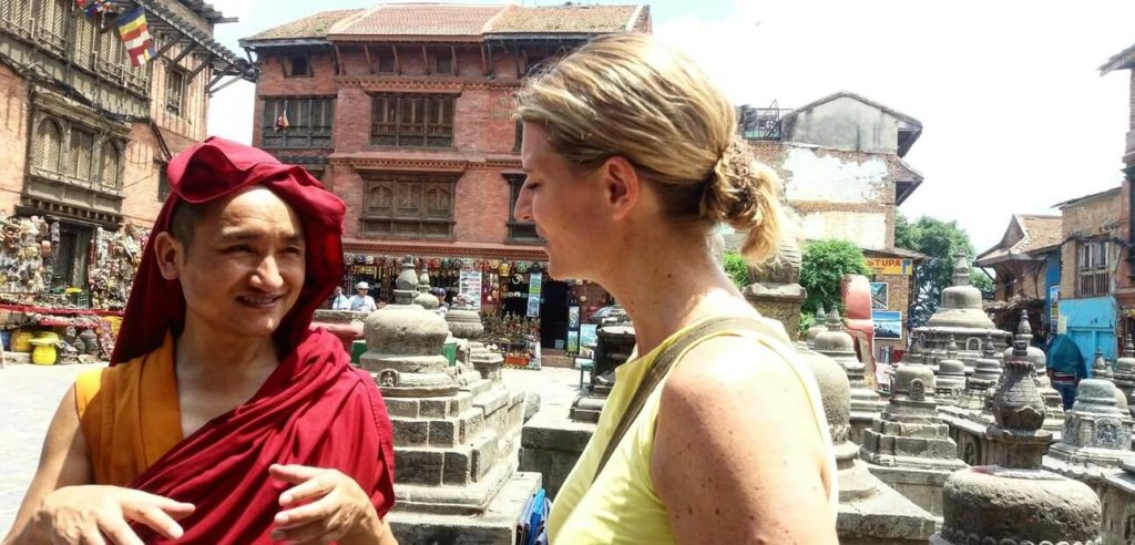 סיור עם נזיר